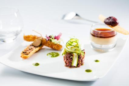 Recette de croustillant de confit de canard, panacotta de foie gras ...