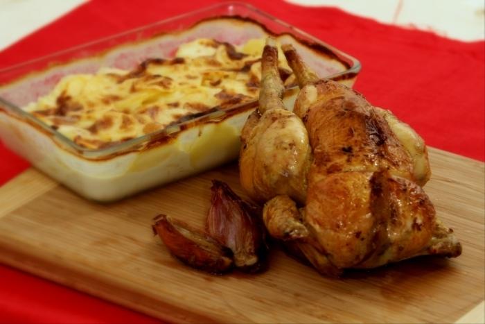Recette de poulet aux aromates et gratin dauphinois facile et rapide