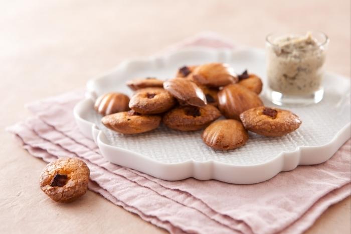 Recette de madeleine au chorizo et concassée d'artichaut facile et ...