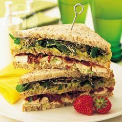Recette club sandwich de poulet à l'avocat – toutes les recettes ...