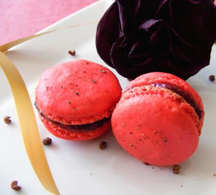 Recette de macarons framboise, hibiscus, rose, poivre sechuan