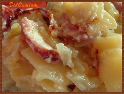 Recette de gratin de pommes de terre à la saucisse de morteau