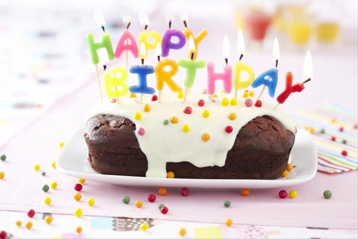 Recette de gâteau d'anniversaire au chocolat spécial enfants facile ...
