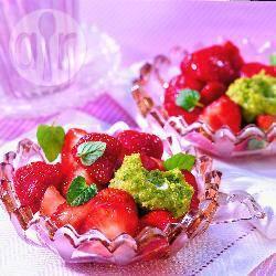 Recette salade de fraises et crème à la pistache – toutes les ...