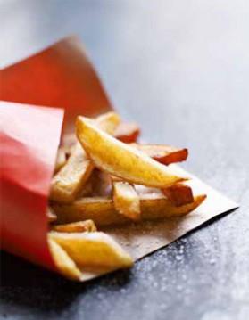 Grosses frites de pomme de terre et patate douce pour 4 personnes ...