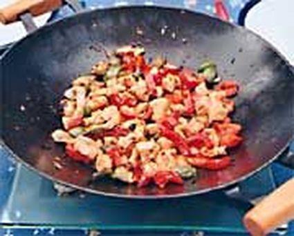 Recette de poulet aux trois poivrons