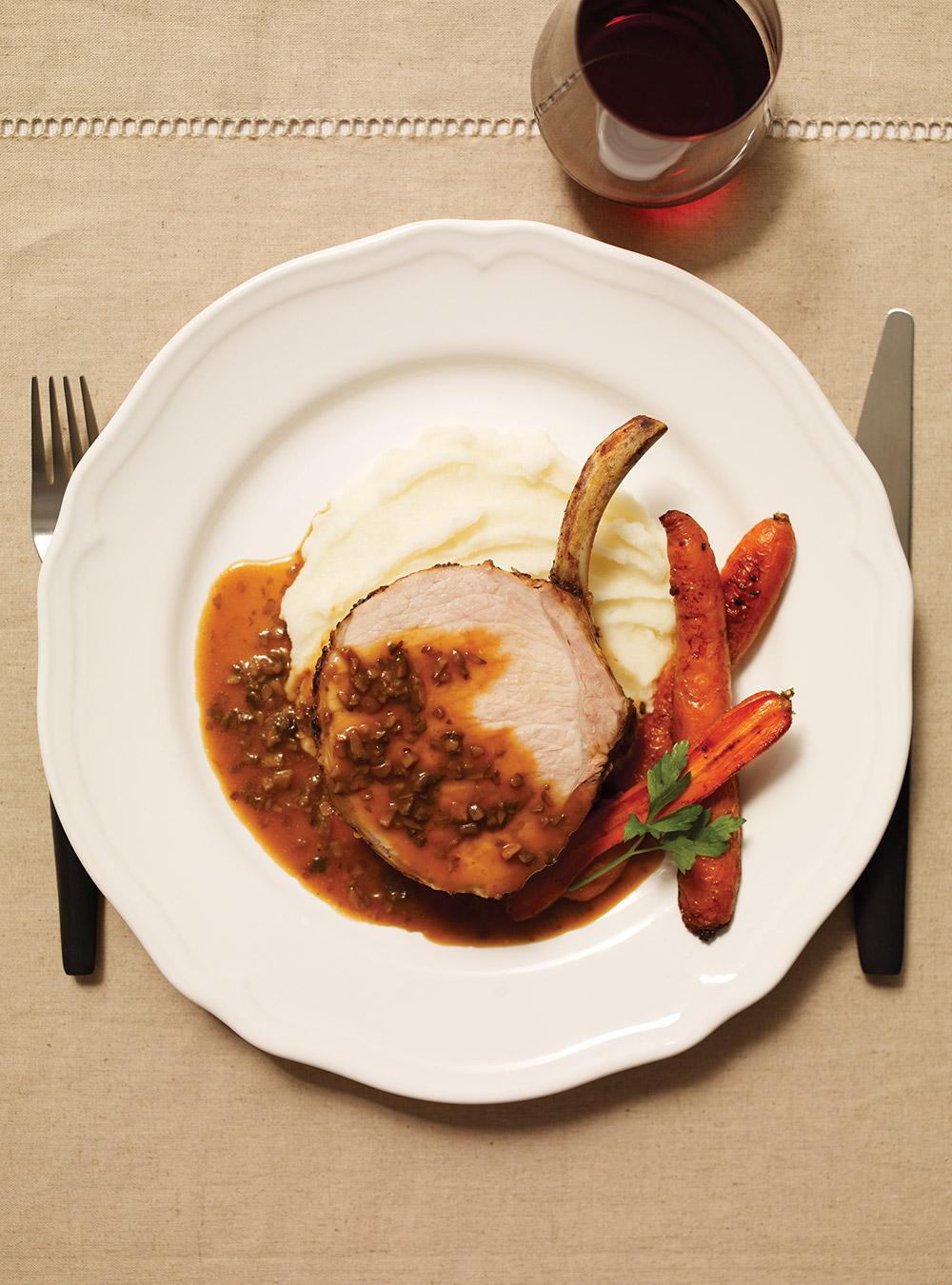 Carré de porc, sauce aux champignons blancs | ricardo