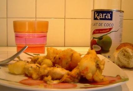 Poulet au lait de coco et pommes de terre