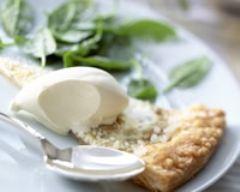 Recette galette craquante au caillé de chèvre, crème glacée aux ...