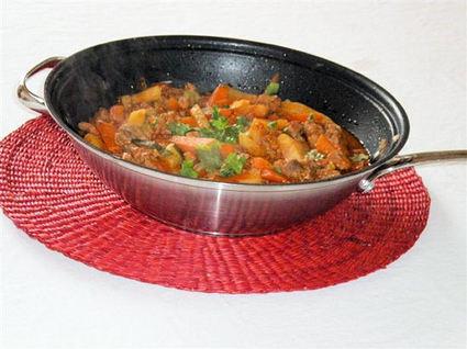Recette de wok de filet mignon de porc au curry de légumes