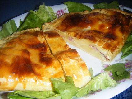 Recette de feuilleté en chausson au fromage à raclette et jambon ...