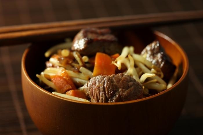 Recette de wok de boeuf-carotte minute à la bière brune facile
