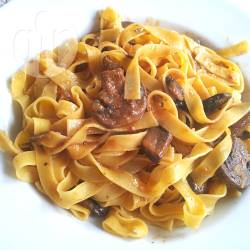 Recette tagliatelles en sauce mijotée aux champignons – toutes ...