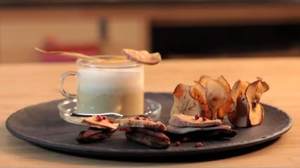 Recette de capuccino de panais, chips de pomme au foie gras ...
