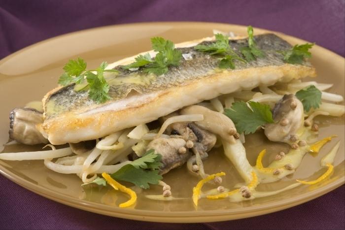 Recette de filet de bar, légumes croquants à la grecque, vinaigrette ...