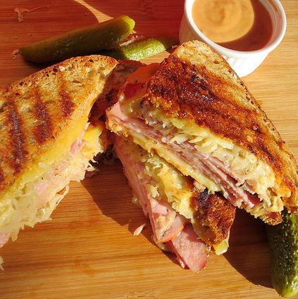 Recette de sandwich reuben ou ruben