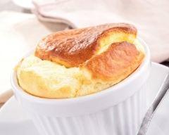 Recette soufflé au fromage à la sauce béchamel