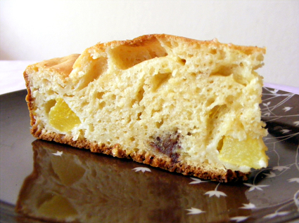 Recette de gâteau au yaourt, pêches et toblerone (léger)