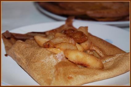 Recette de crêpes au cidre et aux pommes