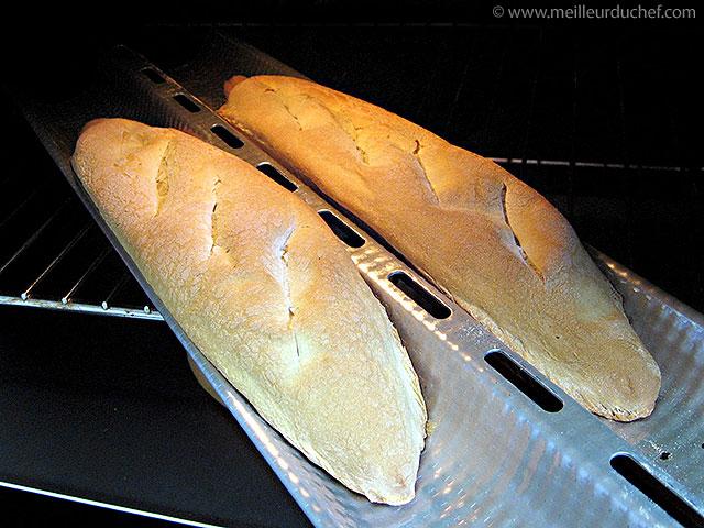 Baguette de pain  notre recette avec photos  meilleurduchef.com