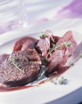 Gigot de chevreuil au four recette - Cuisiner gigot de chevreuil ...