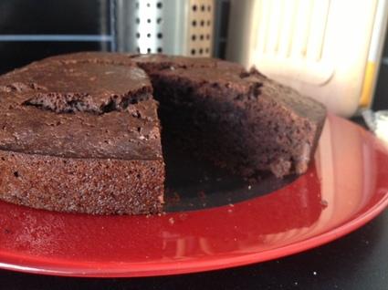 Recette de gâteau au chocolat et pépites de chocolat sans gluten ...