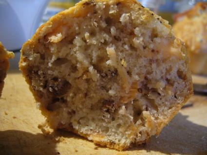 Recette de muffin salé saumon, chèvre, noix