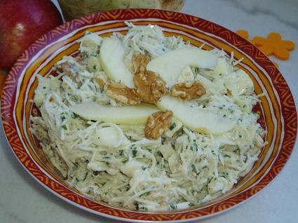 Recette de salade de céleri-rave aux pommes et noix