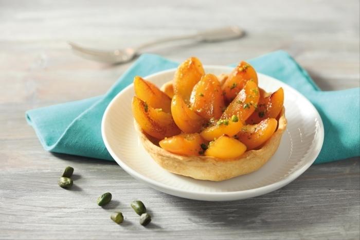Recette de tartelettes aux abricots et crème pistache facile et rapide