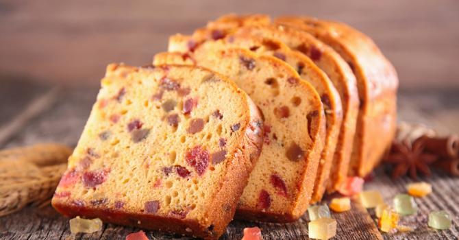 Recette de cake aux fruits confits et au rhum