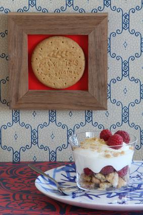 Recette de trifle à la framboise et aux éclats de digestives