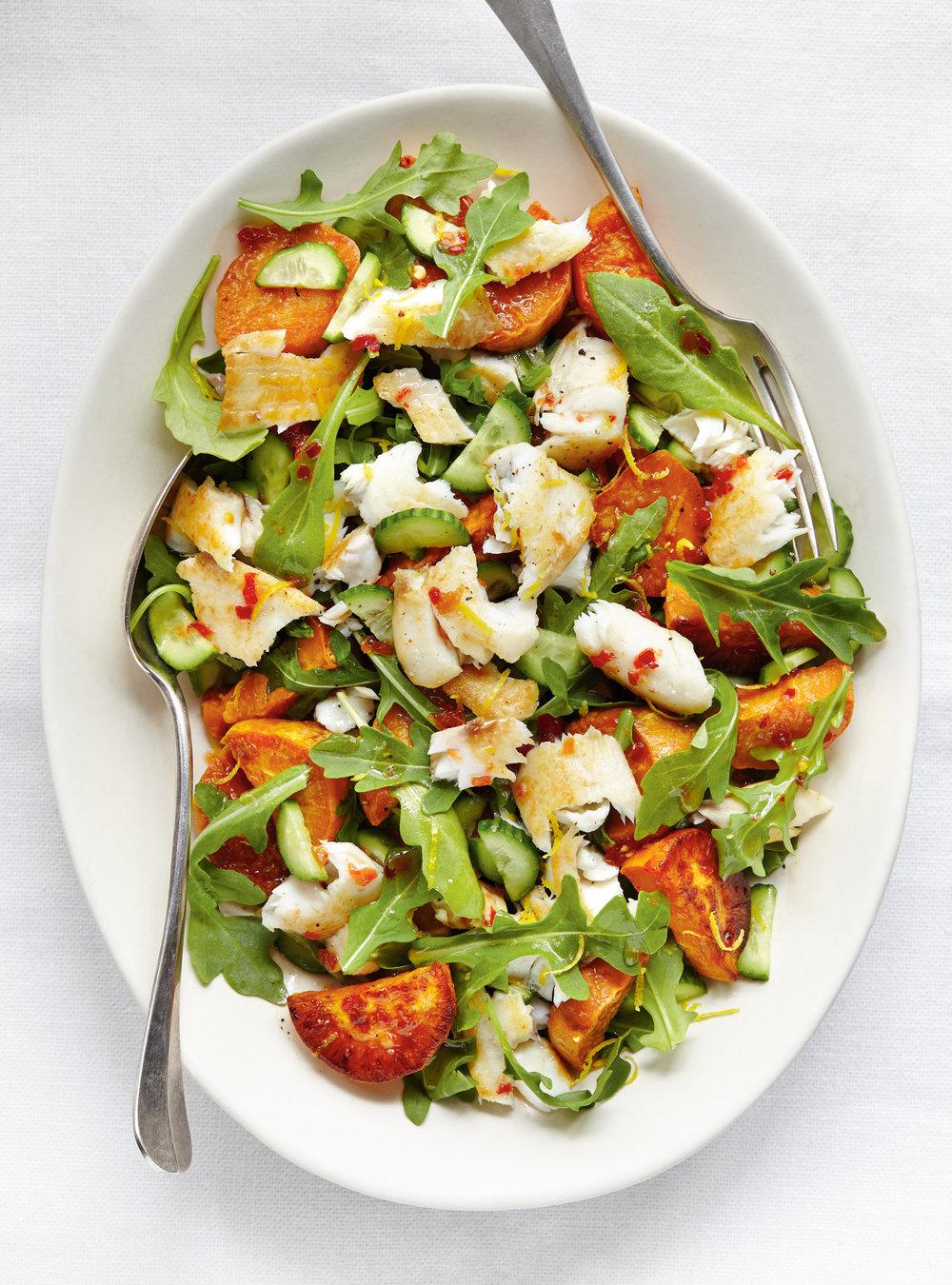 Salade de poisson et de patate douce au basilic | ricardo