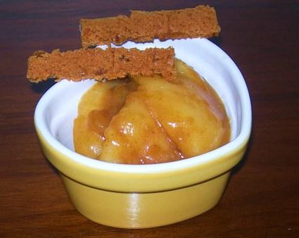 Recette de petits pots de poires au pain d'épice à l'orange