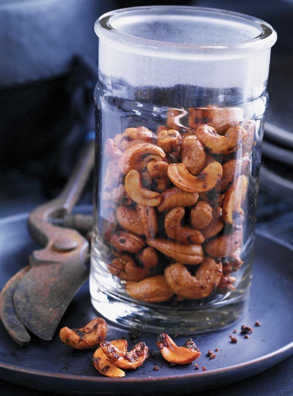 Ongles d'orteils de sorcière (noix de cajou épicées)   ricardo