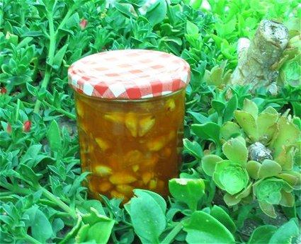 Recette de confiture d'abricots aux amandes