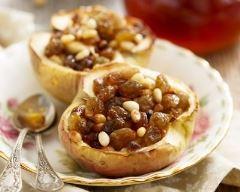 Recette pomme rôtie aux raisins secs et pignons de pin