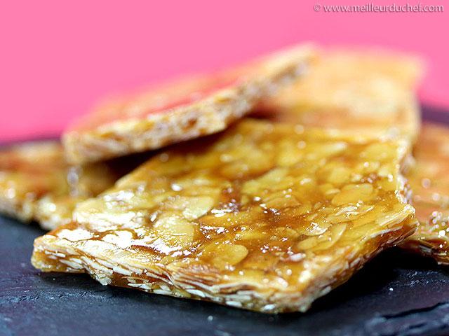 Nougatine  notre recette avec photos  meilleurduchef.com