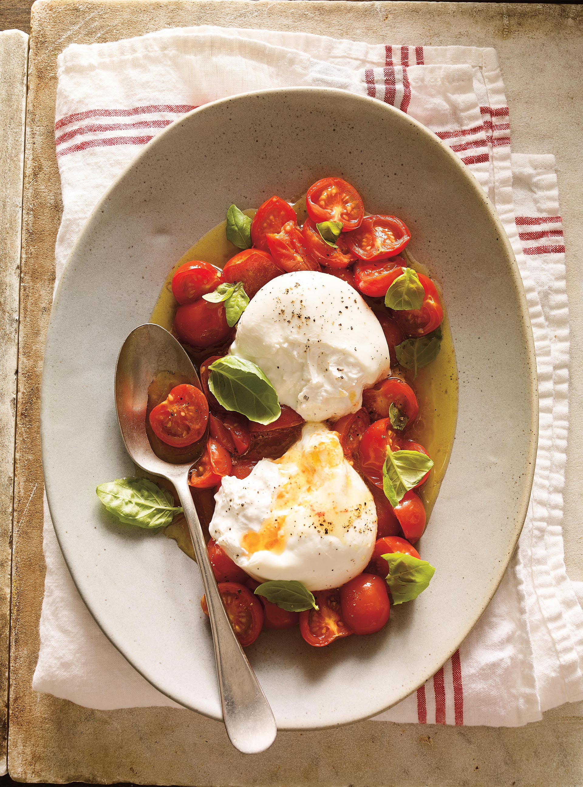 Burrata à la tomate cerise confite | ricardo