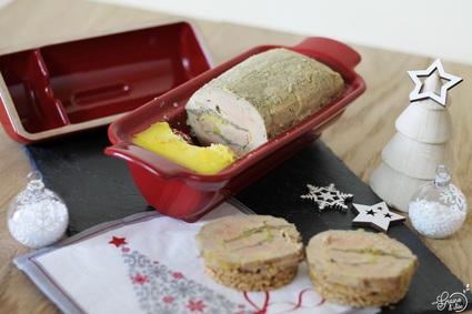 Recette de médaillon de foie gras au calvados avec insert pommes ...