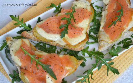 Bruschettas au saumon fumé, pommes de terre rissolées et fromage ...