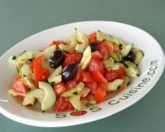 Recette salade grecque de concombres et tomates
