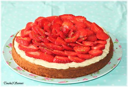 Recette de tarte aux fraises à la crème sur sablé maison