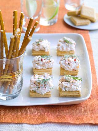 Recette de bouchées de gaufrette au saumon façon cheesecake