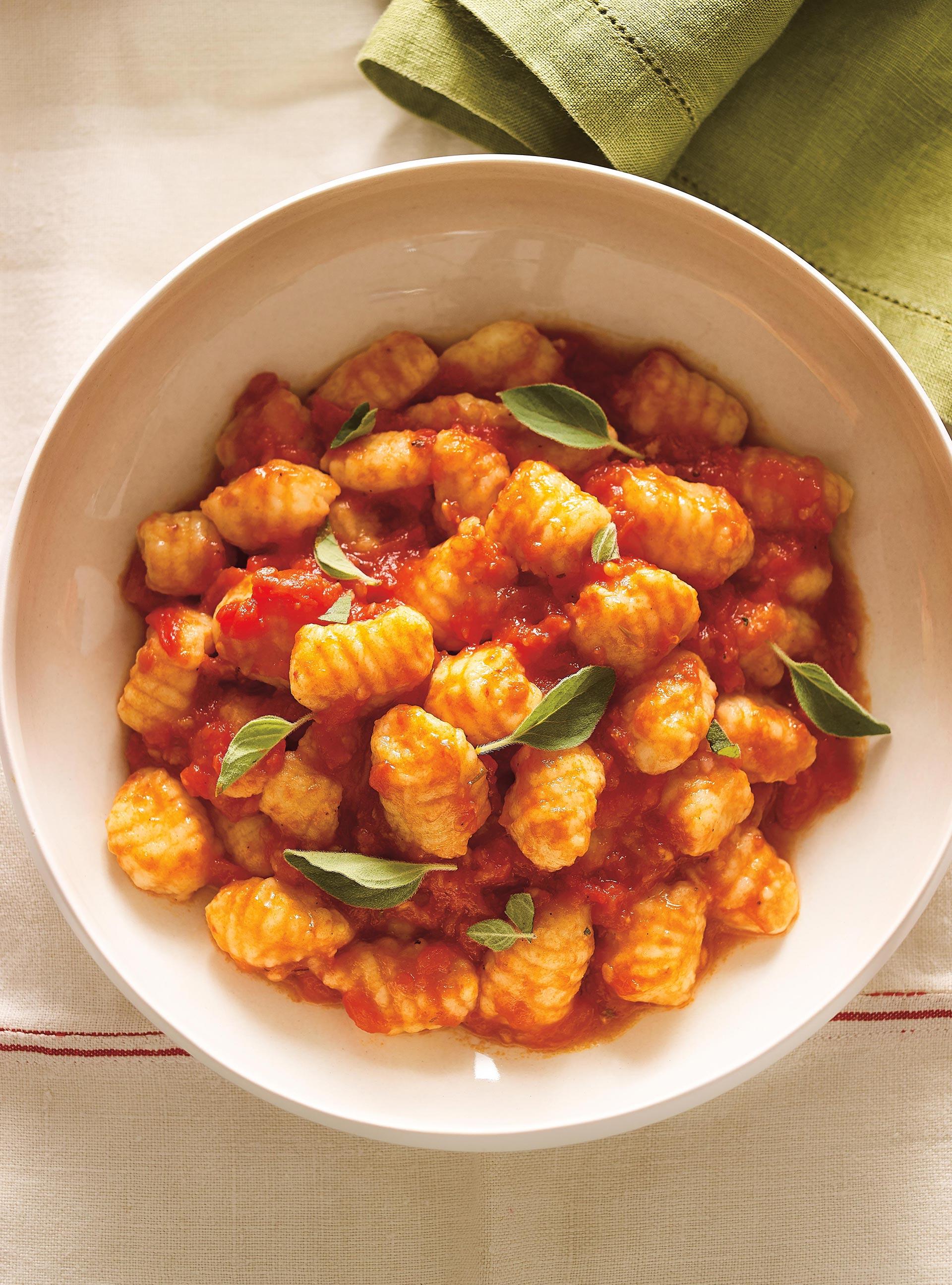Recette gnocchis de pommes de terre maison toutes les recettes recette - Cuisiner les pommes de terre ...