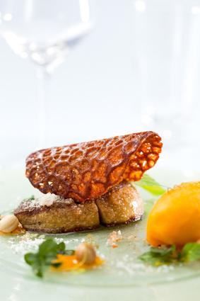 Recette de foie gras poêlé en croûte de noix de coco, sorbet et ...