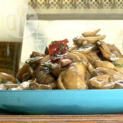 Recette champignons sautés à l'ail et au vin blanc – toutes les ...