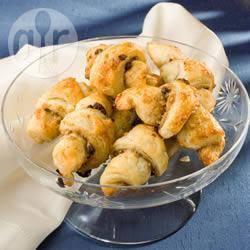 Recette rugelach (petits croissants) aux raisins et aux noix – toutes ...