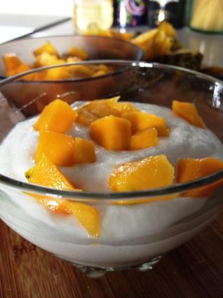 Recette de mousse de fromage blanc à la mangue, coeur passion ...