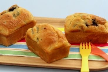 Recette de mini cake aux olives et coeur de tapenade facile et rapide