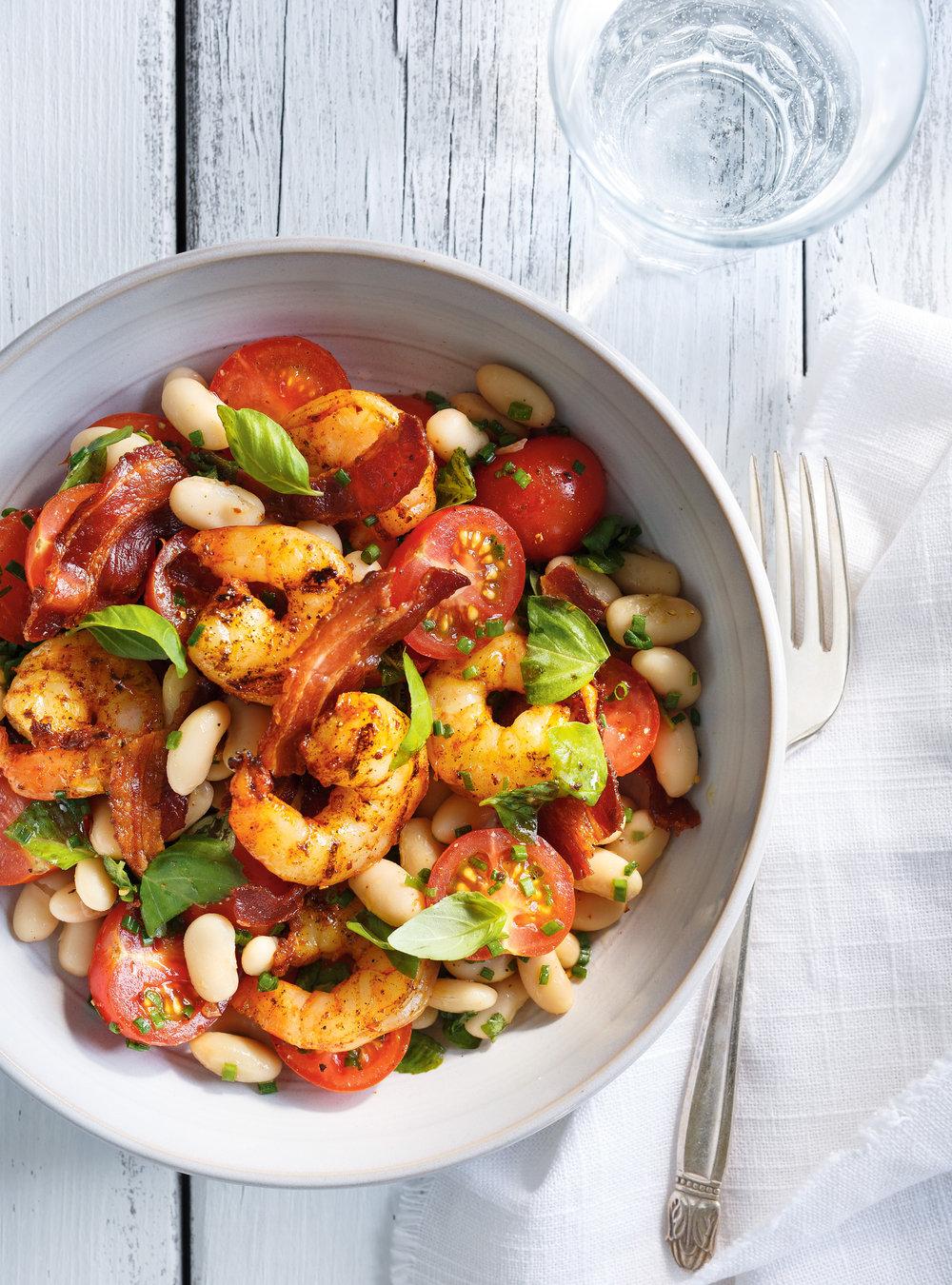 Salade de haricots blancs et de crevettes grillées | ricardo